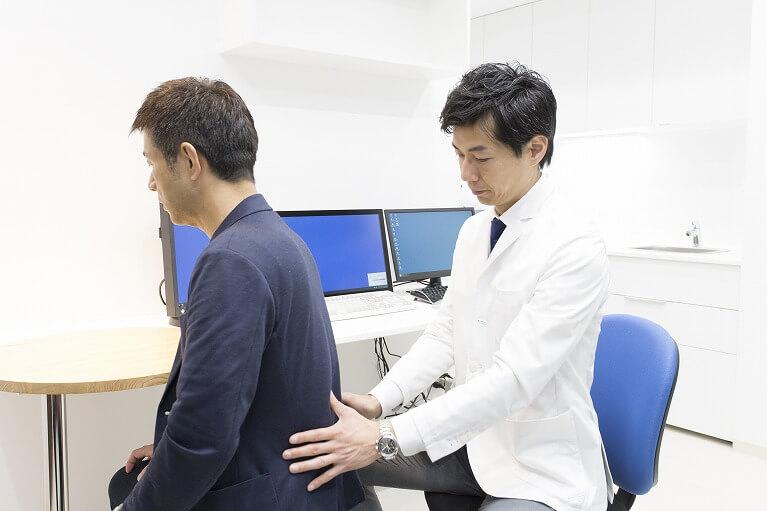 腰痛・肩こりの治療に力を入れています。